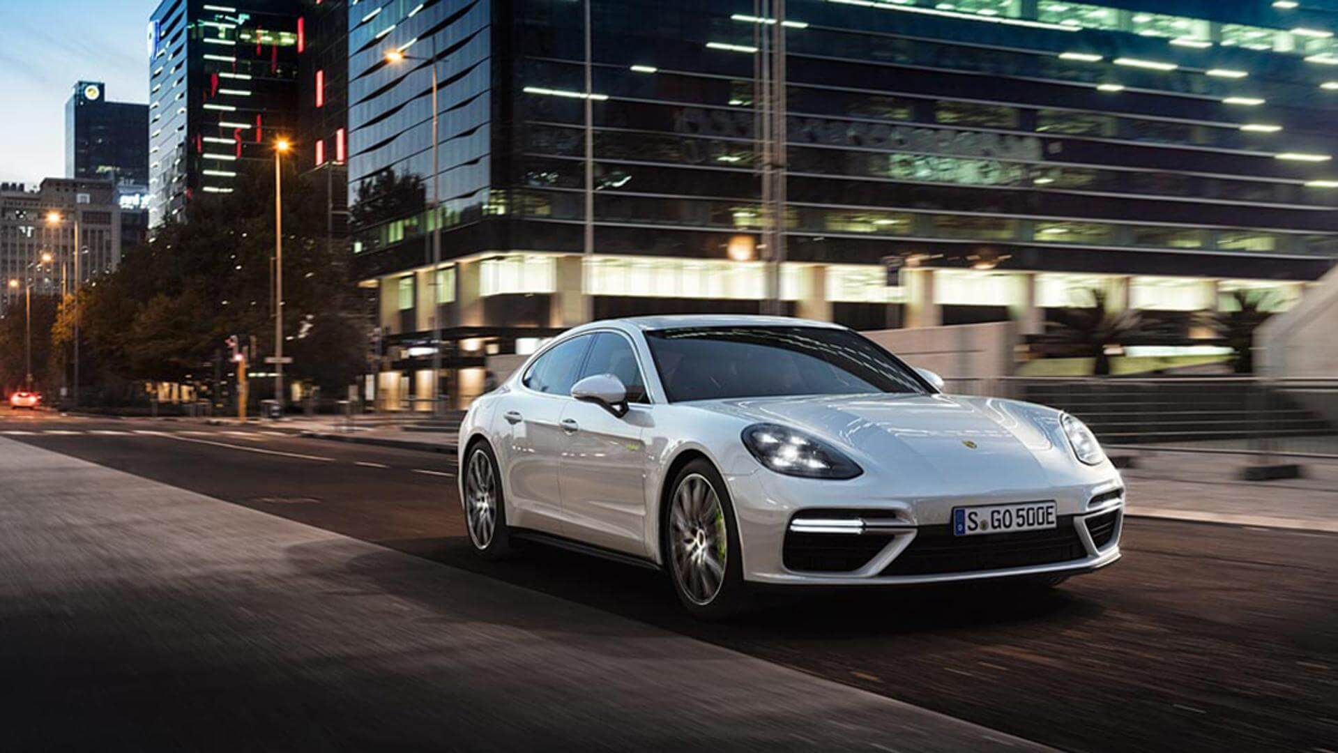 https://epunjaci.hr/wp-content/uploads/2018/10/panamera.jpg