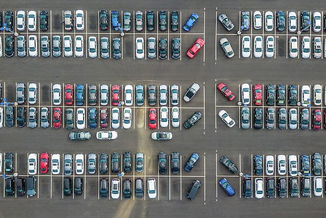 https://epunjaci.hr/wp-content/uploads/aerial-view-of-large-parking-lot-alexey-sm-640x429.jpg